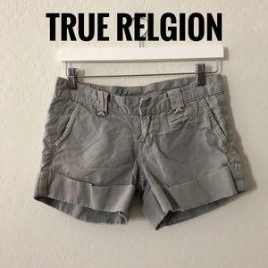 True Religion green khaki shorts F201